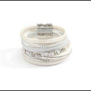 Super cute boho wrap bracelet! ♥️💜